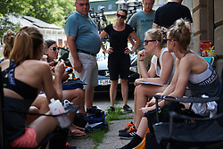 Wiggle High5 team talk at Lotto Thuringen Ladies Tour 2018 - Stage 4, a 118 km road race starting and finishing in Gera, Germany on May 31, 2018. Photo by Sean Robinson/Velofocus.com