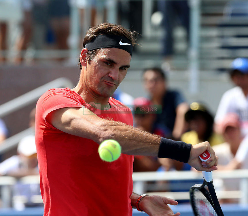 August 23, 2017 - New York, United States - Swiss player Roger Federer  pictured during a practice session  at the US OPEN 2017 (Credit Image: © Panoramic via ZUMA Press)