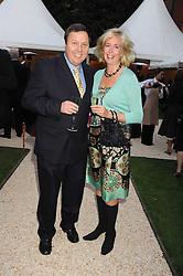 FELIX FRANCIS and DEBBIE FLETCHER at the Goring Hotel Summer party, Goring Hotel, 15 Beeston Place, London on 17th September 2008.