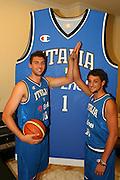 Milano, 18/07/2007<br /> Basket, Nazionale Italiana Maschile Senior<br /> Media Day Conferenza Stampa Hotel Visconti<br /> Nella foto: Andrea Bargnani Marco Belinelli<br /> Foto Ciamillo