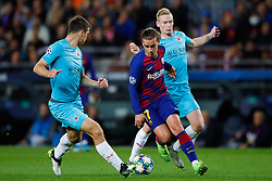 November 5, 2019, Barcelona, Catalonia, Spain: November 5, 2019 - Barcelona, Spain - Uefa Champions League Stage Group, FC Barcelona v Slavia Praga: Antoine Griezmann of FC Barcelona dribbles the Slavia Praha defense. (Credit Image: © Eric Alonso/ZUMA Wire)