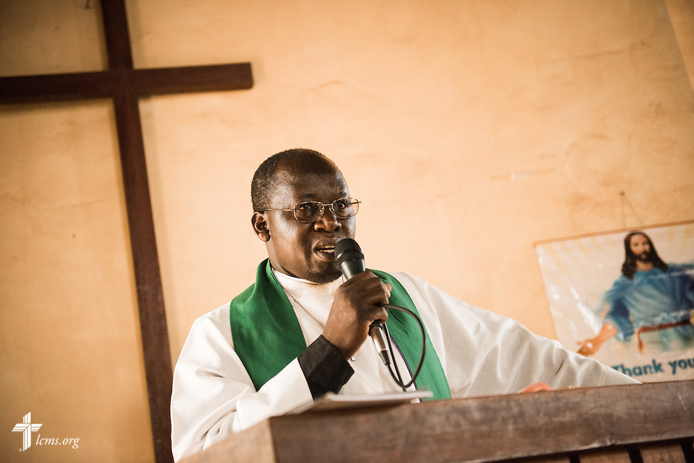 The pastor of the Othoro (ELCK) Lutheran congregation preaches on Sunday, Oct. 18, 2015, in Kisumu, Kenya. LCMS Communications/Erik M. Lunsford