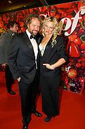 AMSTERDAM - De premiere van de Nederlandse speelfilm Soof. Met hier op de rode loper  Elske Falkena met haar partner Marc de Cloe. FOTO LEVIN DEN BOER - PERSFOTO.NU