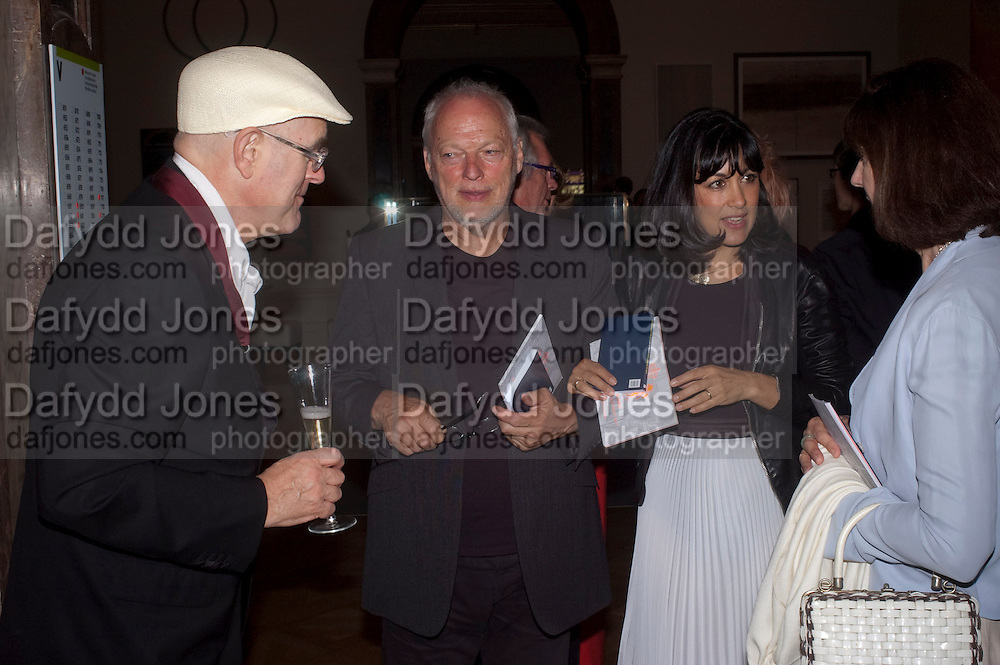 HUMPHREY OCEAN; DAVID GILMOUR; POLLY  SAMSON; MIRANDA ARGYLL, Royal Academy of Arts Summer Exhibition Preview Party 2011. Royal Academy. Piccadilly. London. 2 June <br /> <br />  , -DO NOT ARCHIVE-© Copyright Photograph by Dafydd Jones. 248 Clapham Rd. London SW9 0PZ. Tel 0207 820 0771. www.dafjones.com.