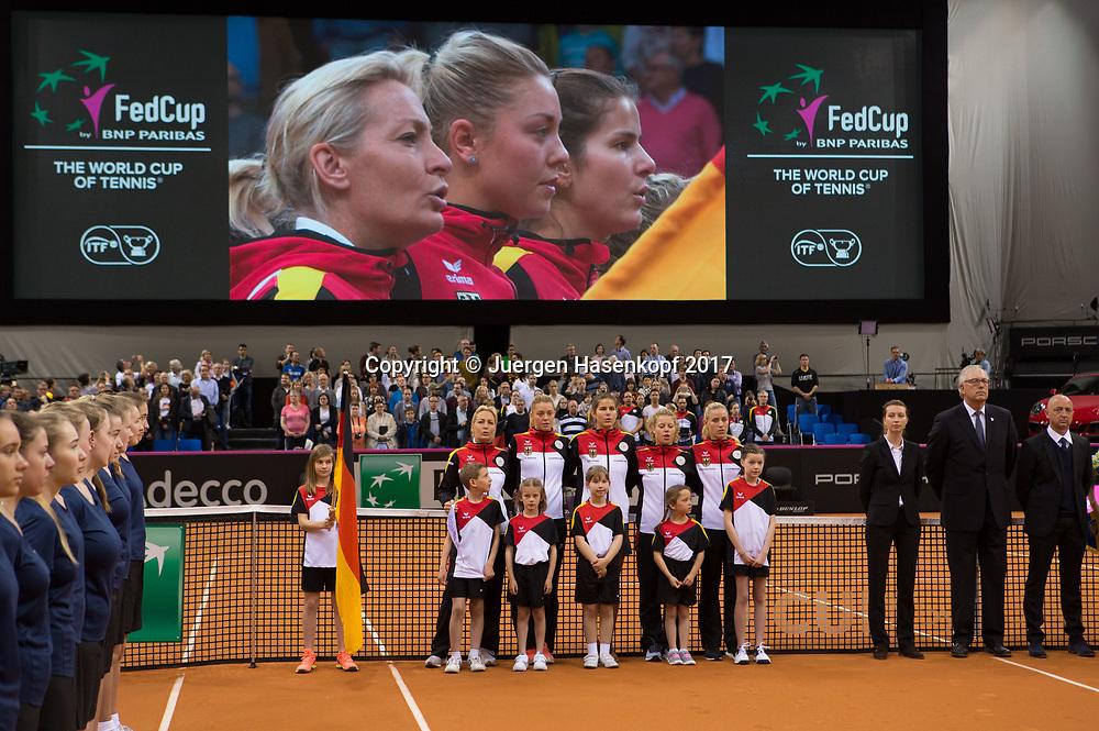 Fed Cup GER-UKR, Deutschland - Ukraine, <br /> Eroeffnungs Zeremonie,<br /> Team Germany , L-R. Team Chefin Barbara Rittner, CARINA WITTHOEFT ,JULIA GOERGES, LAURA SIEGEMUND und  ANGELIQUE KERBER