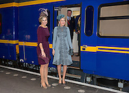 Amsterdam, 30-11-2016 <br /> <br /> State Visit of King Filip and Queen Mathilde to The Netherlands.<br /> Queen Mathilde  and Queen Mathilde on their way from Amsterdam Central Station to Utrecht Central Station.<br /> <br /> <br /> DEPARTURE TO UTRECHT WITH THE ROYAL TRAIN<br /> <br /> <br /> COPYRIGHT ROYALPORTRAITS EUROPE/ BERNARD RUEBSAMEN