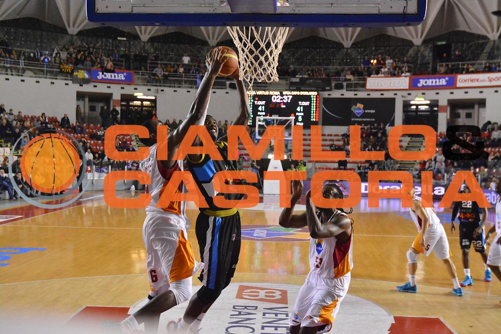 DESCRIZIONE : Roma Lega A 2014-15 Acea Virtus Roma Orlandina Basket<br /> GIOCATORE : dario hunt<br /> CATEGORIA : tiro<br /> SQUADRA : Acea Virtus Roma Orlandina Basket<br /> EVENTO : Campionato Lega Serie A 2014-2015<br /> GARA : Acea Virtus Roma Orlandina Basket<br /> DATA : 08.02.2015<br /> SPORT : Pallacanestro <br /> AUTORE : Agenzia Ciamillo-Castoria/M.Greco<br /> Galleria : Lega Basket A 2014-2015 <br /> Fotonotizia : Roma Lega A 2014-15 Acea Virtus Roma Orlandina Basket
