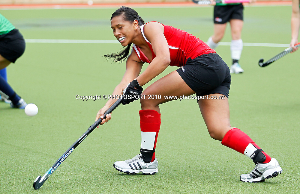 Piki Hamahona. Black Sticks Women training session ahead of the World Champs in Argentina. Papatoetoe, Auckland. Sunday 8 August 2010. Photo: Simon Watts/PHOTOSPORT