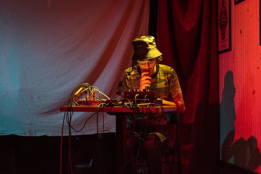 ALEXANDER MOSKOS<br /> CASA DEL POPOLO, Vendredi 16 octobre 2015.