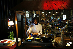 July 26, 2018 - Yogyakarta, DIY, Indonesia - A cook prepares during breakfast in Horison Hotel at Yogyakarta, DIY, Indonesia. .The market share of 6% Indonesia hotels throughout the Asia Pacific region, over Japan 4%, South Korea 3% . Indonesia also managed to out perform Japan who were in the top five, six, Hong Kong and South Korea down to seven. (Credit Image: © Dadang Trimulyanto/Pacific Press via ZUMA Wire)