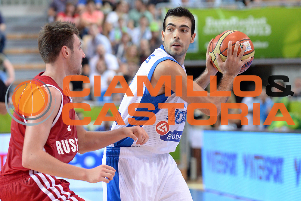 DESCRIZIONE : Capodistria Koper Slovenia Eurobasket Men 2013 Preliminary Round Russia Grecia Russia Greece<br /> GIOCATORE : Kostas Sloukas<br /> CATEGORIA : Schema<br /> SQUADRA : Grecia<br /> EVENTO : Eurobasket Men 2013<br /> GARA : Russia Grecia Russia Greece<br /> DATA : 05/09/2013<br /> SPORT : Pallacanestro&nbsp;<br /> AUTORE : Agenzia Ciamillo-Castoria/Max.Ceretti<br /> Galleria : Eurobasket Men 2013 <br /> Fotonotizia : Capodistria Koper Slovenia Eurobasket Men 2013 Preliminary Round Russia Grecia Russia Greece<br /> Predefinita :