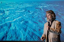 19.08.2016, Congress, Schladming, AUT, Bergsport-Festival Vertikale, im Bild Reinhold Messner während seines Multivisionsvortrages // during the mountaineering festival Vertikale at the congress in Schladming, Austria on 2016/08/19. EXPA Pictures © 2016, PhotoCredit: EXPA / Martin Huber