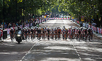 The Pro Women's Grand Prix race turns onto Horseguards Road at Prudential RideLondon, the world's greatest festival of cycling, involving 70,000+ cyclists – from Olympic champions to a free family fun ride - riding in five events over closed roads in London and Surrey over the weekend of 9th and 10th August. <br /> <br /> Photo: David Ashdown for Prudential RideLondon<br /> <br /> Saturday 9th August 2014<br /> <br /> See www.PrudentialRideLondon.co.uk for more.<br /> <br /> For further information: Penny Dain 07799 170433<br /> pennyd@ridelondon.co.uk