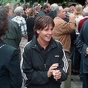 Onthulling beeld Willem Vos, Elsemiek Havenga