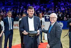 KILIAN Gunnar (Vorstand VW), BUCHWALDT Achaz von<br /> Braunschweig - Löwenclassics 2019<br /> Siegerehrung Autoübergabe Siegerfahrzeug<br /> Grosser Preis der Volkswagen AG<br /> 24. März 2019<br /> © www.sportfotos-lafrentz.de/Stefan Lafrentz