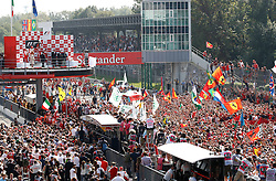 Motorsports / Formula 1: World Championship 2010, GP of Italy, podium medal ceremony, fans on track