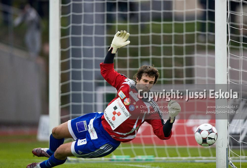 Ville Wallen. IFK Mariehamn - HJK. Veikkausliiga. Maarianhamina 28.4.2008. Photo: Jussi Eskola