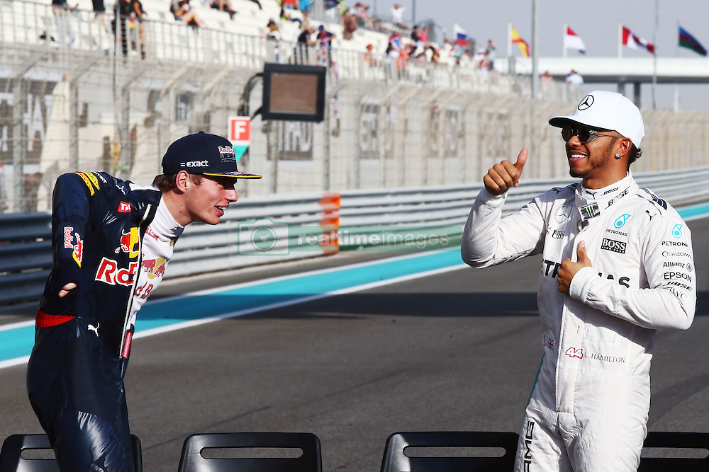 (L to R): Max Verstappen (NLD) Red Bull Racing with Lewis Hamilton (GBR) Mercedes AMG F1.<br /> 27.11.2016. Formula 1 World Championship, Rd 21, Abu Dhabi Grand Prix, Yas Marina Circuit, Abu Dhabi, Race Day.<br /> Copyright: Batchelor / XPB Images / action press