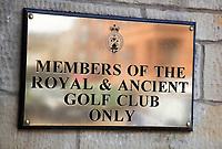 ST. ANDREWS -Schotland-GOLF. Alleen voor leden (members only) Old Course. COPYRIGHT KOEN SUYK