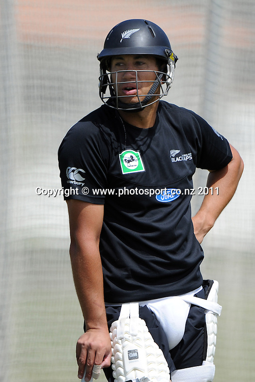 Ross Taylor during a Black Caps training session at Nelson Park in Napier ahead of the first cricket test against Zimbabwe starting this week. Tuesday 24 January 2012. Napier, New Zealand. Photo: Andrew Cornaga/Photosport.co.nz