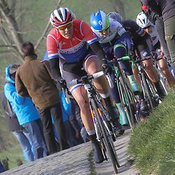 27-02-2016: Wielrennen: Omloop Nieuwsblad vrouwen: Gent<br />GENT (BEL) wielrennen<br />De opening van het Noord Europese wielerseizoen is traditioneel de opening van het wielerseizoen bij de mannen en vrouwen. Lucinda Brand op de Paterberg