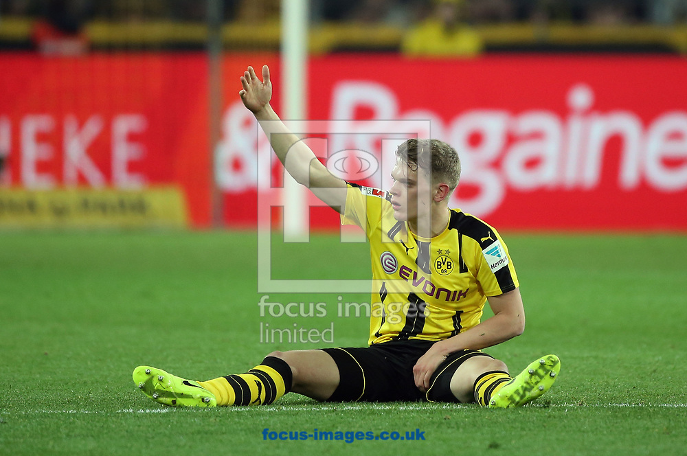 Matthias Ginter of Borussia Dortmund during the Bundesliga match at Signal Iduna Park, Dortmund<br /> Picture by EXPA Pictures/Focus Images Ltd 07814482222<br /> 17/03/2017<br /> *** UK &amp; IRELAND ONLY ***<br /> EXPA-EIB-170318-0063.jpg