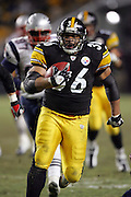 PITTSBURGH - JANUARY 23:  Running back Jerome Bettis #36 of the Pittsburgh Steelers runs for a short gain against the New England Patriots during the AFC Championship game at Heinz Field on January 23, 2005 in Pittsburgh, Pennsylvania. The Pats defeated the Steelers 41-27. ©Paul Anthony Spinelli  *** Local Caption *** Jerome Bettis