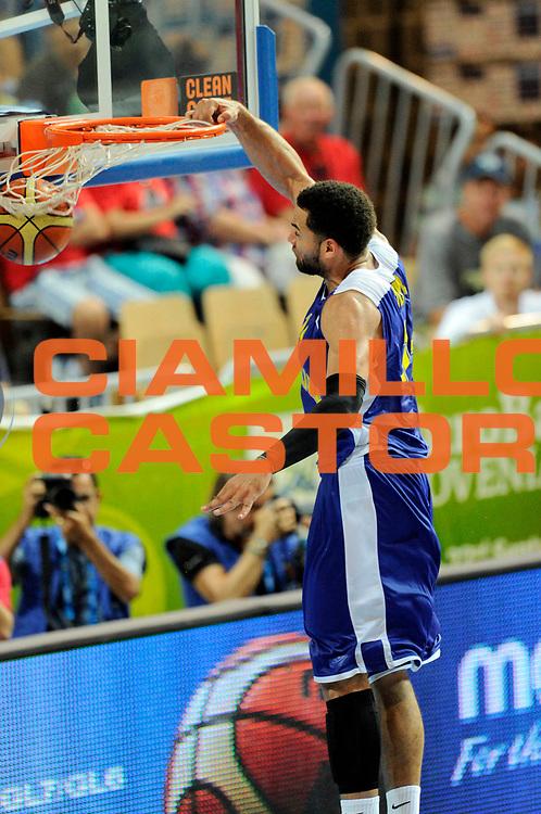 DESCRIZIONE : Capodistria Koper Slovenia Eurobasket Men 2013 Preliminary Round  Russia Svezia Russia Sweden<br /> GIOCATORE : Jeffery Taylor<br /> CATEGORIA : sequenza schiacciata special<br /> SQUADRA : Svezia<br /> EVENTO : Eurobasket Men 2013<br /> GARA : Russia Svezia Russia Sweden<br /> DATA : 07/09/2013 <br /> SPORT : Pallacanestro&nbsp;<br /> AUTORE : Agenzia Ciamillo-Castoria/N. Dalla Mura<br /> Galleria : Eurobasket Men 2013 <br /> Fotonotizia : Capodistria Koper Slovenia Eurobasket Men 2013 Preliminary Round  Russia Svezia Russia Sweden