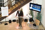 Cocktail de la rentrée de la SQPRP - Société québécoise des professionnels en relations publiques, et présentation de la collection de Yves Jean Lacasse, designer de la maison Envers, lors de la Semaine de Mode de Montréal, 15 octobre 2008, Montreal, Quebec, Canada. © Photo Marc Gibert / www.adecom.ca. à Marché Bonsecours, Montréal, Québec, Canada, 17102008. © Photo Marc Gibert / adecom.ca