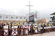 San Giovanni Rotondo 21 Giugno 2009, Visita Pastorale di Sua Santità Papa Benedetto  XVI , Italy San Giovanni Rotondo 21 06 2009, Visit of  Papa Benedetto  XVI in the foto  fedeli sul sagrato per il papa