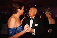 12 NOV 1999, BERLIN/GERMANY:<br /> Walter Scheel, Bundespräsident a.D., tanzt auf dem Bundespresseball 1999, Hotel Intercontinental<br /> Walter Scheel, former Federal President, is dancing at the Bundespresseball 1999<br /> IMAGE: 19991112-01/05-35<br /> KEYWORDS: ball, dance, Tanz, Frau, Freizeit, Gesellschaft, society