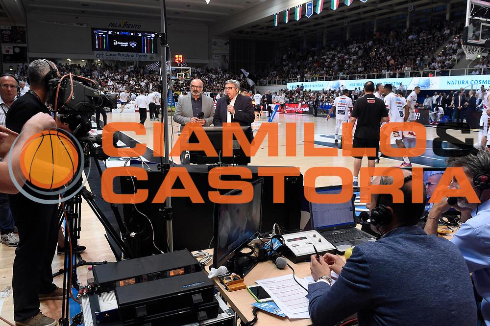 giornalisti tv rai<br /> Dolomiti Energia Aquila Basket Trento - Umana Reyer Venezia<br /> Lega Basket Serie A 2016/2017<br /> Playoff, finale gara 4<br /> Trento, 16/06/2017<br /> Foto M.Ceretti / Ciamillo-Castoria