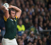 Twickenham. Great Britain,  Springboks Hooker, Bismarck DU PLESSIS, during, Semi Final. South Africa vs New Zealand  2015 Rugby World Cup,  Venue, Twickenham Stadium, Surrey England.   Saturday  24/10/2015.   [Mandatory Credit; Peter Spurrier/Intersport-images]
