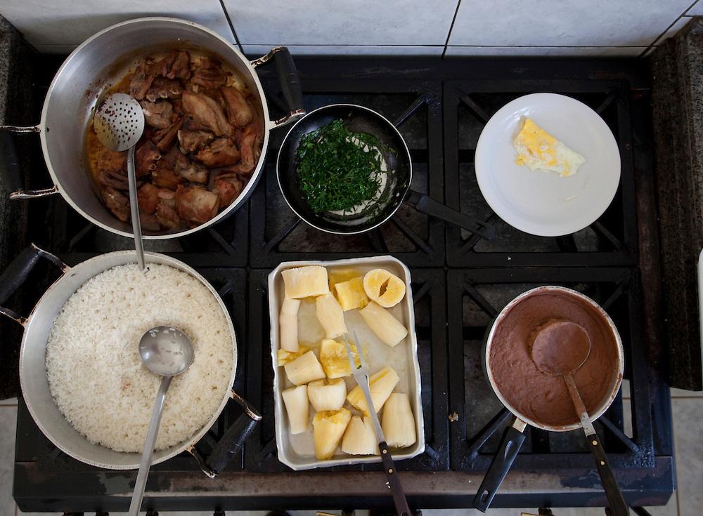 Patos de Minas_MG, Brasil..Pratos tipicos da culinaria mineira em Patos de Minas, Minas Gerais...typical food from Minas Gerais in Patos de Minas, Minas Gerais...Foto: LEO DRUMOND / NITRO