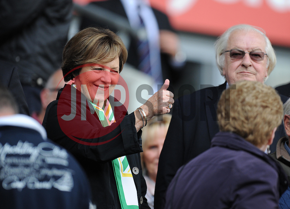 Shareholder Delia smith puts his thumbs up.. - Photo mandatory by-line: Alex James/JMP - Mobile: 07966 386802 30/08/2014 - SPORT - FOOTBALL - Cardiff - Cardiff City stadium - Cardiff City  v Norwich City - Barclays Premier League
