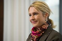 30 JAN 2014, BERLIN/GERMANY:<br /> Manuela Schwesig, SPD, Bundesfamilienministerin, waehrend einem Interview, in ihrem Buero, Bundesministerium fuer Familie, Senioren, Frauen und Jugend<br /> IMAGE: 20140130-01-002<br /> KEYWORDS: Büro