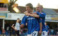Photo: Leigh Quinnell.<br /> Chesterfield v Southend United. Coca Cola League 1. 18/02/2006. Chesterfields Derek Niven congratulates Kevan Hurst(L) on his goal.