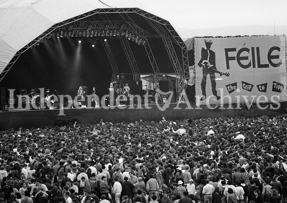 That Petrol Emotion on stage during the Feile Festival in Thurles, Tipperary, 02/08/1991 (Part of the Independent Newspapers Ireland/NLI Collection).