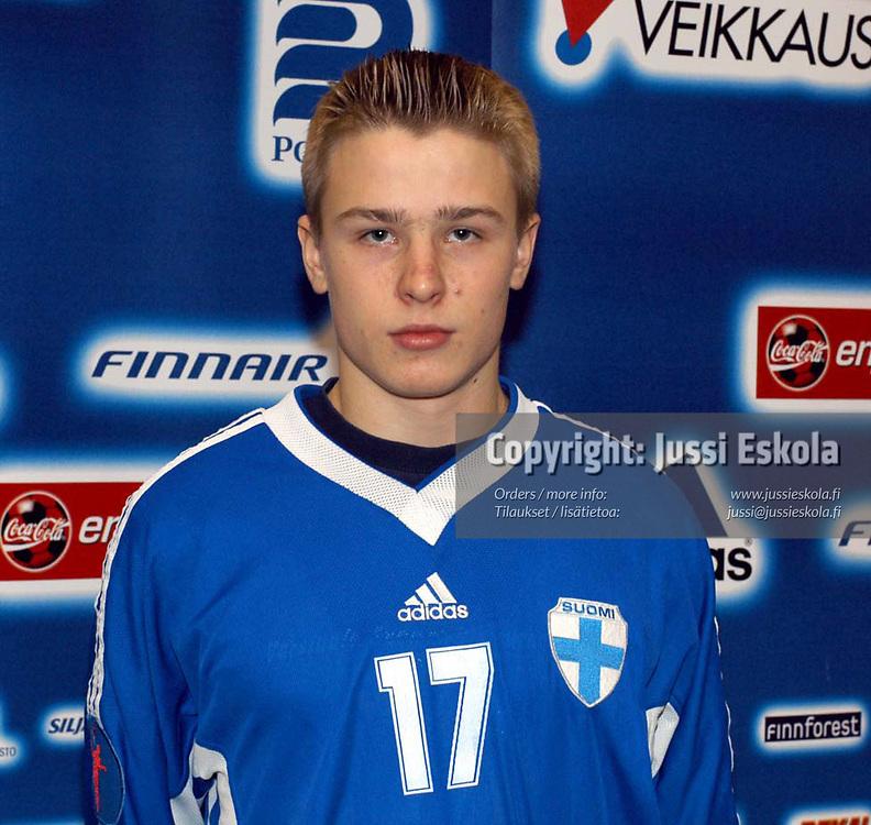 Heikki Villa. U15-maajoukkue, Eerikkil&auml; 7.2.2003.&amp;#xA;Photo: Jussi Eskola<br />