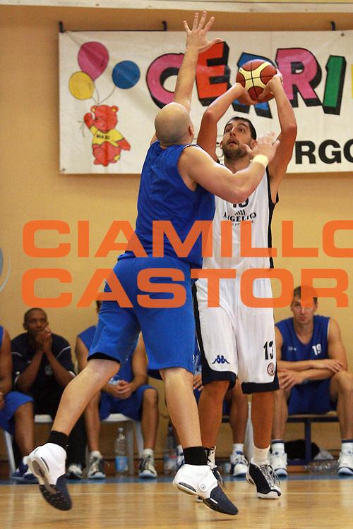 DESCRIZIONE : Varallo Sesia Lega A1 2008-09 Torneo Newform Angelico Biella Upea Capo Orlando<br />GIOCATORE : Luca Garri<br />SQUADRA : Angelico Biella<br />EVENTO : Campionato Lega A1 2008-2009 <br />GARA : Angelico Biella Upea Capo Orlando<br />DATA : 07/09/2008 <br />CATEGORIA : Tiro<br />SPORT : Pallacanestro <br />AUTORE : Agenzia Ciamillo-Castoria/S.Ceretti