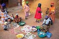 Mali - Segou - Ségoukoro - Ancien royaume Bambara - Pêche dans le fleuve Niger - Le marché