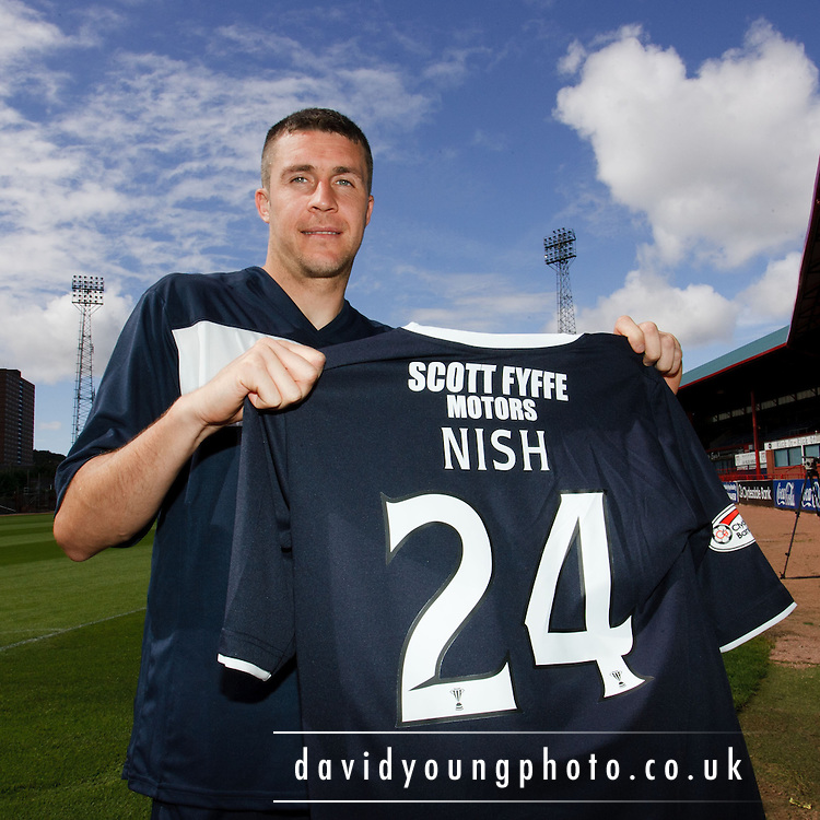 Dundee FC new boy Colin Nish.. - © David Young - 5 Foundry Place - Monifieth - DD5 4BB - Telephone 07765 252616 - email: davidyoungphoto@gmail.com - web: www.davidyoungphoto.co.uk