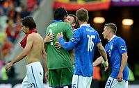 "Antonio CASSANO abbraccia Gianluigi BUFFON (Italia)<br /> Danzica 10/06/2012  ""GDANSK ARENA""<br /> Football calcio Europeo 2012  Spagna Vs Italia <br /> Football Calcio Euro 2012<br /> Foto Insidefoto Alessandro Sabattini"