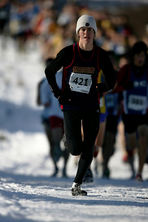 Guelph, Ontario ---29/11/08---  JAMES LEAKOS competes in the junior mens race at the 2008 AGSI Canadian Cross Country Championships in Guelph, Ontario, November 29, 2008..GEOFF ROBINS Mundo Sport Images