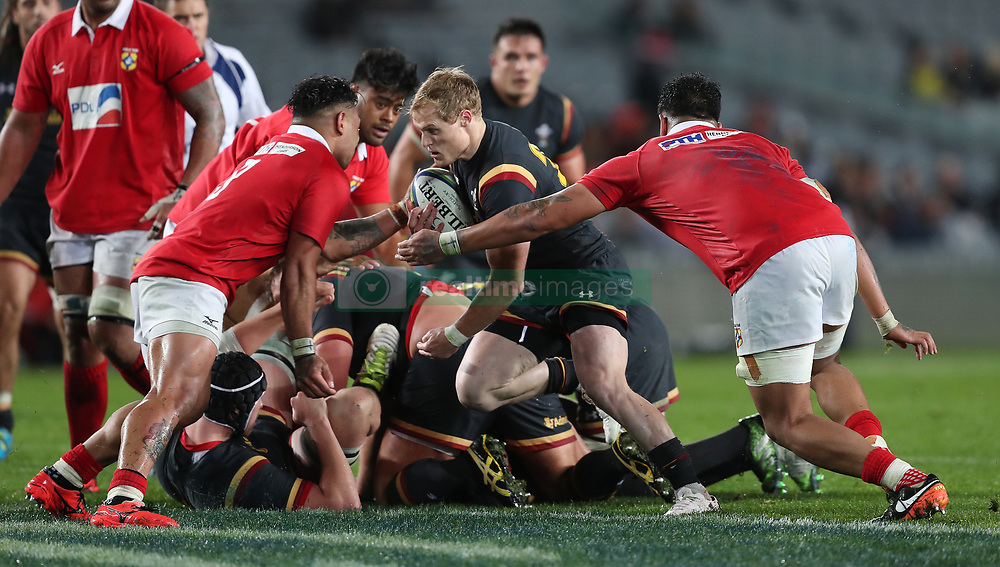 Wales Aled Davies Is Tackled By Tongas Onatane Takulua And Valentino Mapapalangi During The June