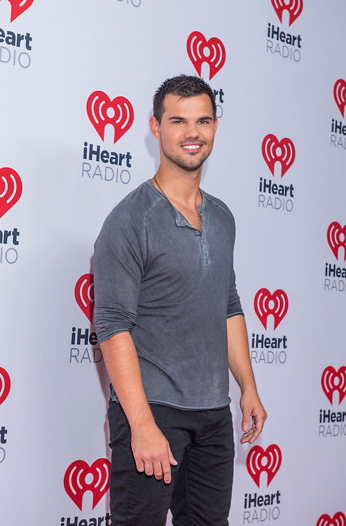 LAS VEGAS - SEP 18 : Actor Taylor Lautner attends the 2015 iHeartRadio Music Festival at the MGM Grand Garden Arena on September 18, 2015 in Las Vegas.