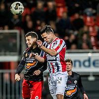 ROTTERDAM - Excelsior - Willem II , Voetbal , Eredivisie , Seizoen 2016/2017 , Stadion Woudestein , 25-02-2017 , Excelsior speler Luigi Bruins in kop duel met Willem II speler Guus Joppen (r)