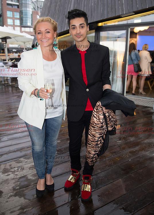 OSLO, 2014-5-19;  Sommerfest i Hotel Cæsar ether at vårens opptak er ferdig. Nå er det sommerferie.....Rudy Claes og Junaid Khan. FOTO:  TOM HANSEN