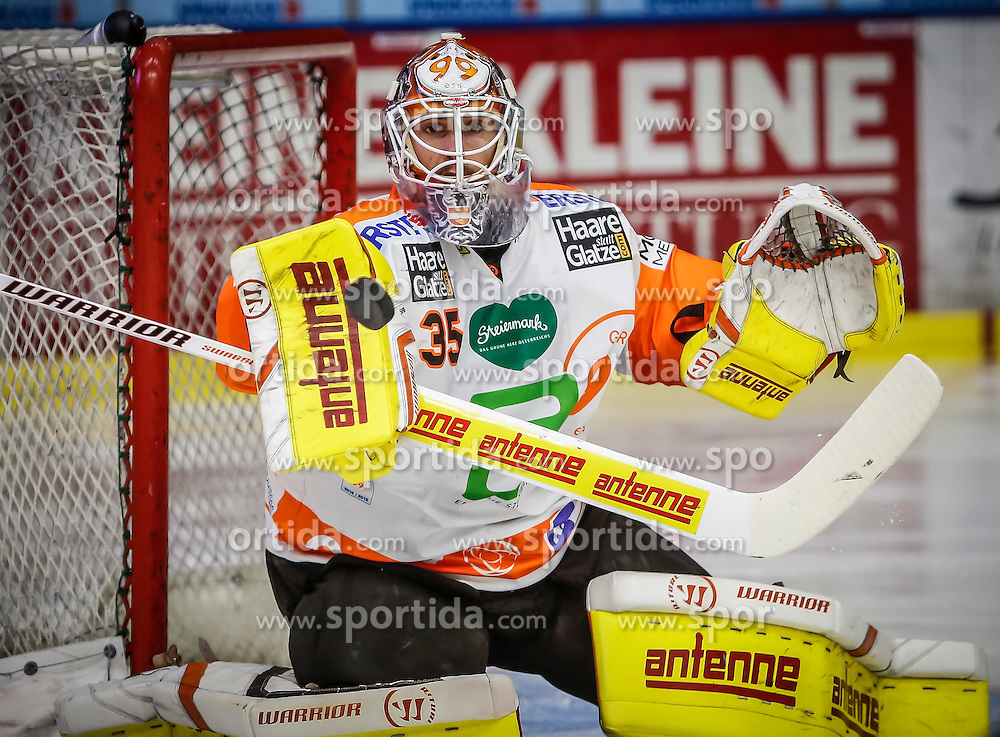 23.10.2014, Eisstadion Liebenau, Graz, AUT, EBEL, Moser Medical Graz 99ers vs EC VSV, 13. Runde, im Bild Dany Sabourin (Moser Medical Graz 99ers) // Dany Sabourin (Moser Medical Graz 99ers) during the Erste Bank Icehockey League 13th Round match between Moser Medical Graz 99ers and EC VSV at the Ice Stadium Liebenau, Graz, Austria on 2014/10/23, EXPA Pictures © 2014, PhotoCredit: EXPA/ Erwin Scheriau