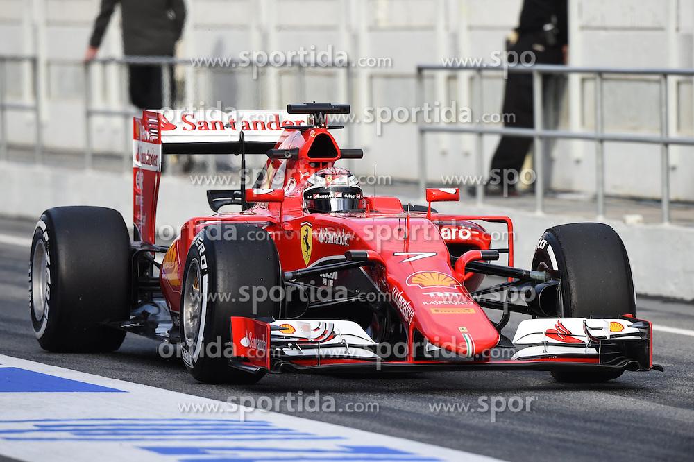 26.02.2015, Circuit de Catalunya, Barcelona, ESP, FIA, Formel 1, Testfahrten, Barcelona, Tag 1, im Bild Kimi Raikkonen (FIN) Ferrari SF15-T // during the Formula One Testdrives, day one at the Circuit de Catalunya in Barcelona, Spain on 2015/02/26. EXPA Pictures &copy; 2015, PhotoCredit: EXPA/ Sutton Images/ Mark Images<br /> <br /> *****ATTENTION - for AUT, SLO, CRO, SRB, BIH, MAZ only*****